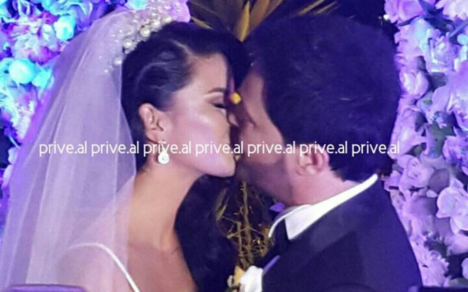 foto-nga-ceremonia-e-marteses-se-sinanit-dhe-andrres