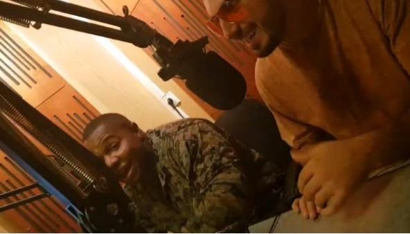 Ushtari amerikan në duet me Gjikon