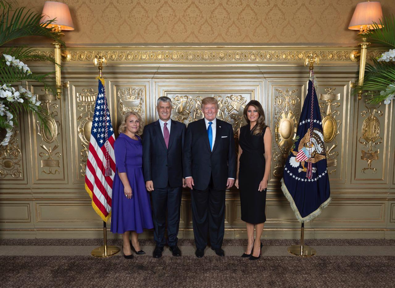 Lumnije Thaçi në takim me Donald e Melania Trump  ky është fustani që zgjodhi